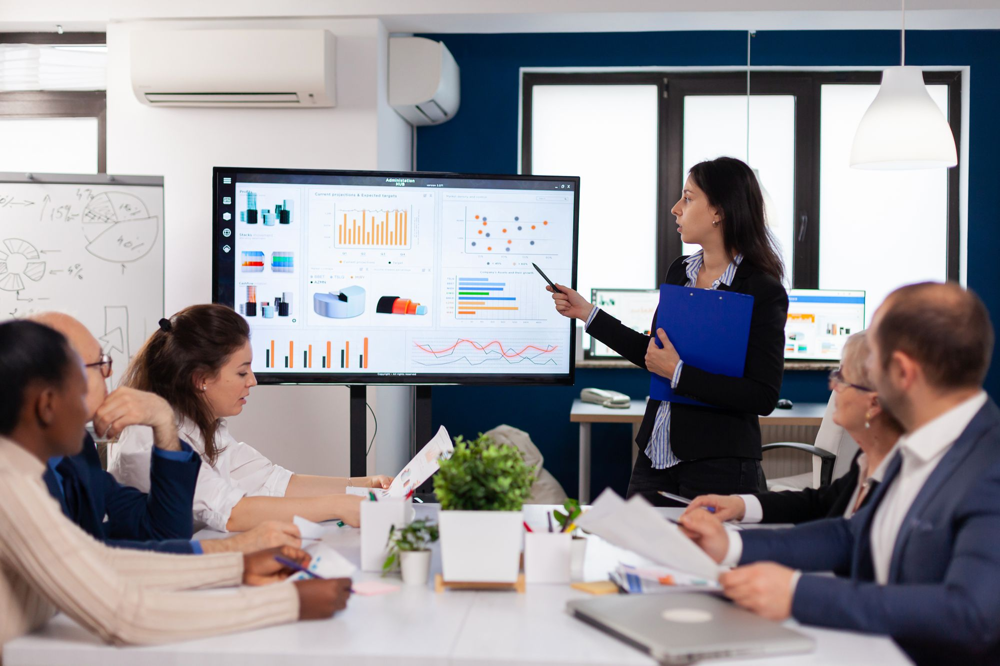 What Is The Difference Between Sales Enablement & Sales Training
